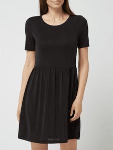 Czarna sukienka Pieces z okrągłym dekoltem w stylu casual