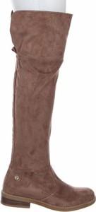 Brązowe kozaki Refresh za kolano na zamek z płaską podeszwą