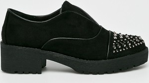 Czarne półbuty Corina w stylu casual