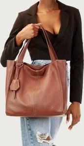 Brązowa torebka Merg duża ze skóry na ramię