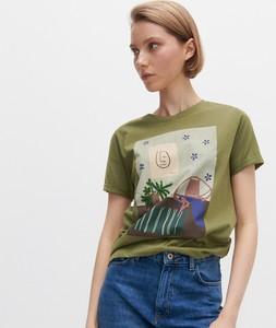 Zielony t-shirt Reserved z krótkim rękawem z okrągłym dekoltem