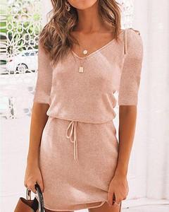 Różowa sukienka Kendallme mini z długim rękawem