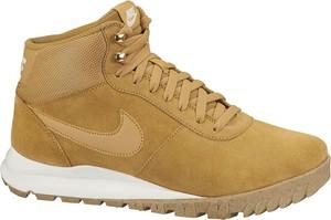 Brązowe buty zimowe Nike z zamszu