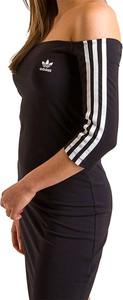 Sukienka Adidas hiszpanka z długim rękawem z bawełny