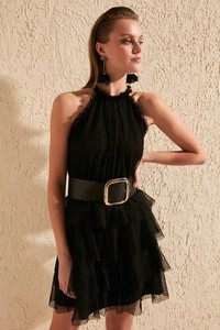 Sukienka Trendyol rozkloszowana bez rękawów