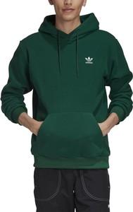 Zielona bluza Adidas z plaru w sportowym stylu