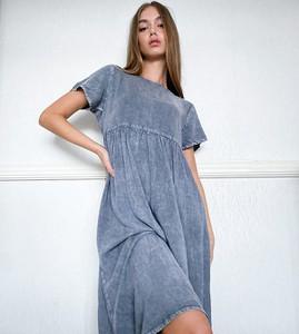 Niebieska sukienka Wednesday`s Girl midi koszulowa