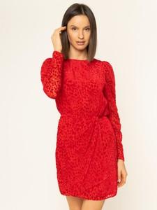 Czerwona sukienka The Kooples z długim rękawem z okrągłym dekoltem