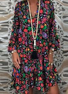 Sukienka Arilook w stylu boho mini z dekoltem w kształcie litery v
