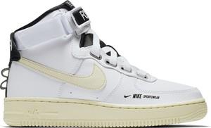 8ebf29f9a3b3 Buty sportowe Nike z płaską podeszwą w sportowym stylu sznurowane