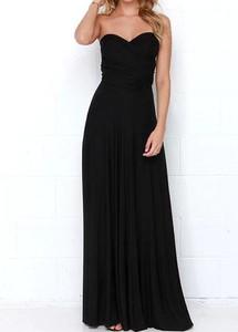 Czarna sukienka Sandbella na ramiączkach maxi z dekoltem w kształcie litery v