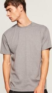 T-shirt Reserved w stylu casual z dzianiny