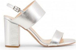 Srebrne sandały Made In Italia na słupku