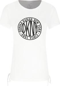 T-shirt DKNY z krótkim rękawem z okrągłym dekoltem