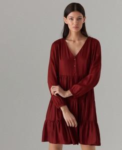 Czerwona sukienka Mohito z długim rękawem w stylu casual