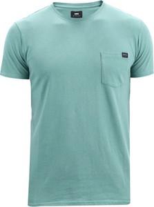 Niebieski t-shirt Edwin z krótkim rękawem w stylu casual