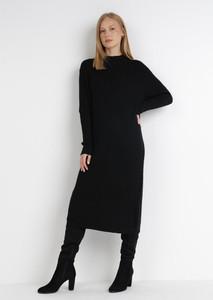 Czarna sukienka born2be prosta