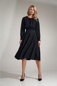 Czarna sukienka Figl z długim rękawem midi