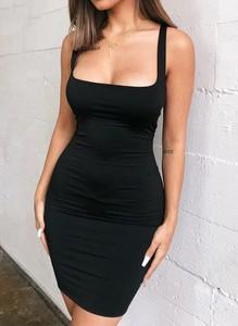 Czarna sukienka Cikelly ołówkowa na ramiączkach