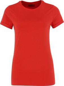 Czerwony t-shirt Hugo Boss w stylu casual z okrągłym dekoltem