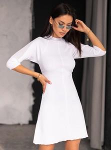 Sukienka SELFIEROOM z okrągłym dekoltem z długim rękawem