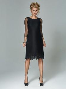 Czarna sukienka Marselini z długim rękawem z okrągłym dekoltem