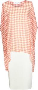 Sukienka Fokus z tkaniny z krótkim rękawem w stylu klasycznym
