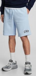 Niebieskie spodenki Gap w sportowym stylu