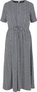 Sukienka Pieces z dekoltem w kształcie litery v z krótkim rękawem