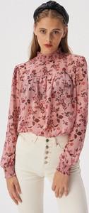 Różowa bluzka Sinsay
