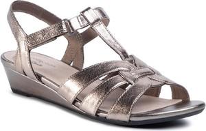 Złote sandały Clarks
