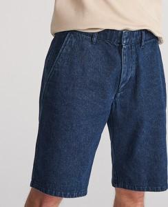 Niebieskie spodenki Reserved z jeansu w street stylu