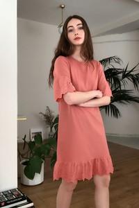 Sukienka Trendyol z krótkim rękawem prosta