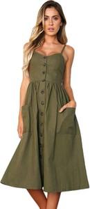 Zielona sukienka noshame z dekoltem w kształcie litery v midi