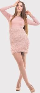 Sukienka Szachownica dopasowana w stylu boho z długim rękawem