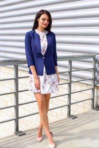 Niebieska marynarka butik-choice.pl krótka na guziki