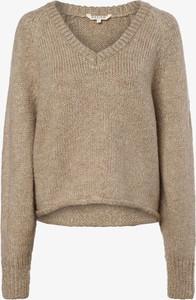Brązowy sweter Review z dzianiny
