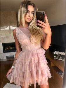 Różowa sukienka producent niezdefiniowany z okrągłym dekoltem bez rękawów mini