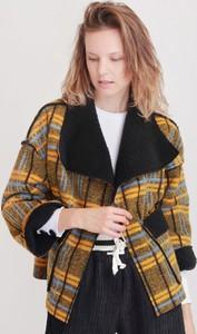 Brązowa kurtka Selaya w stylu casual krótka