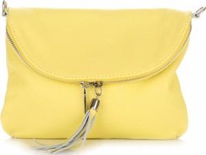 Żółta torebka Vera Pelle mała ze skóry z frędzlami