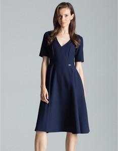 Niebieska sukienka Figl z krótkim rękawem z dekoltem w kształcie litery v