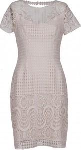 Sukienka VISSAVI z okrągłym dekoltem midi