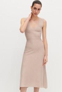 Sukienka Reserved midi bez rękawów z dekoltem w kształcie litery v