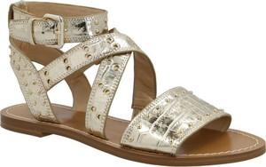 Srebrne sandały Guess w stylu casual ze skóry z płaską podeszwą