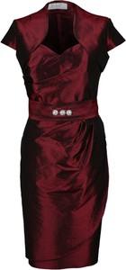 Czerwona sukienka Fokus w stylu klasycznym z krótkim rękawem z dekoltem w kształcie litery v