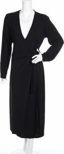 Sukienka Day Birger et Mikkelsen z dekoltem w kształcie litery v maxi w stylu casual