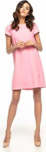 Sukienka Tessita z krótkim rękawem z okrągłym dekoltem z tkaniny