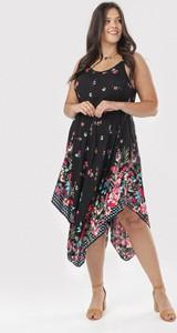 Sukienka born2be midi z okrągłym dekoltem asymetryczna