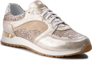 Buty sportowe nessi ze skóry ekologicznej w sportowym stylu