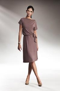 Sukienka NIFE z okrągłym dekoltem midi